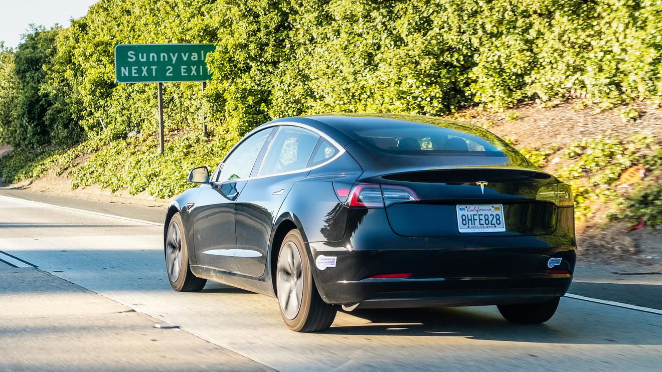 Tesla stock falls after third-quarter deliveries keep ...